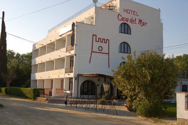 Hotel casa del mar roses costa brava rosas girona spain - Casas del mar espana ...